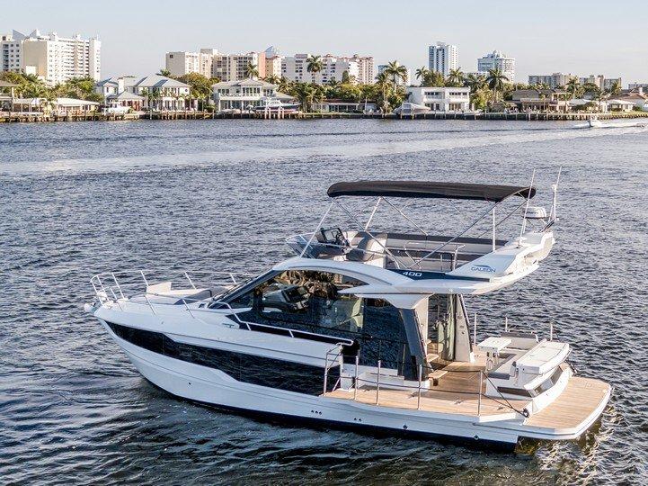 Galeon 400 fly vendido sold Don Marino Boats